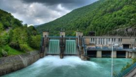China\'s hydropower capacity picked up by 30% between 2012-2014
